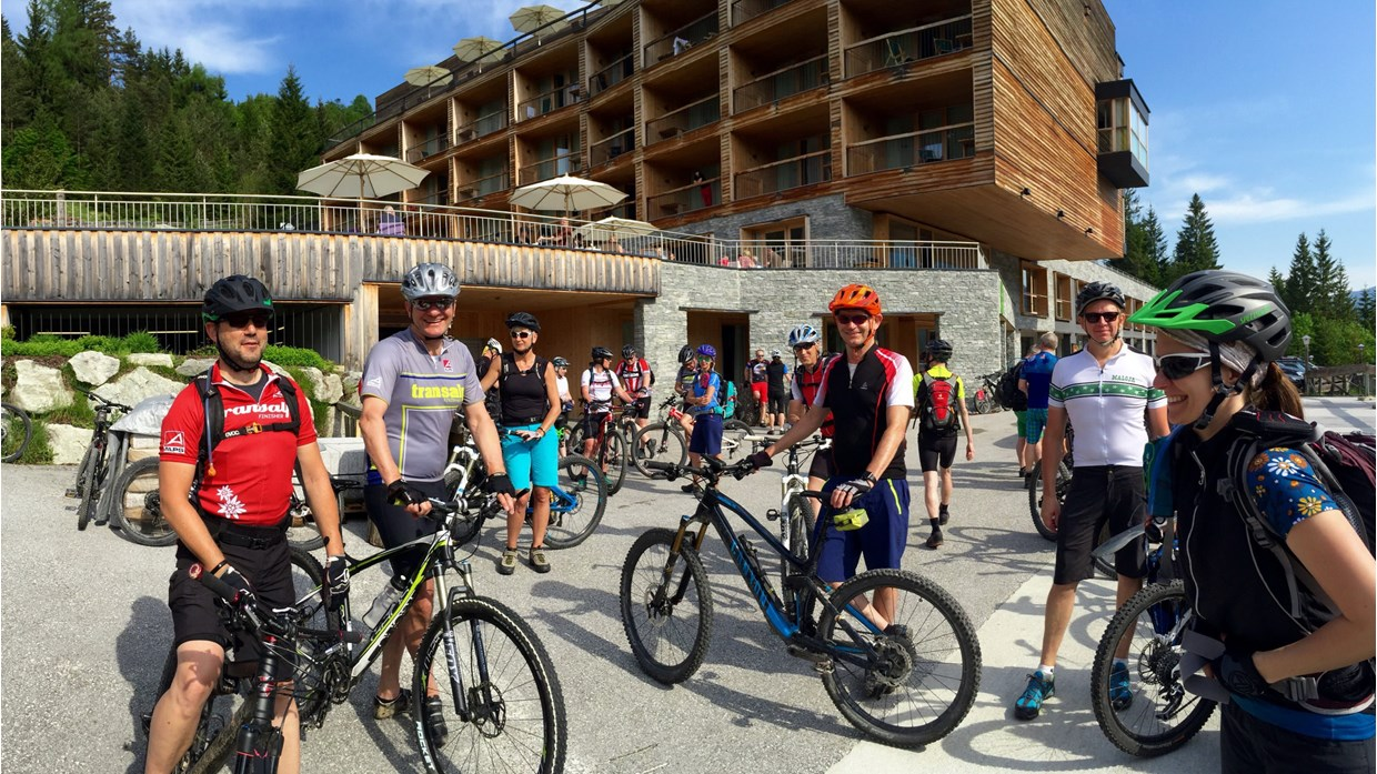 Alps biketours come together in achensee for Design hotel achensee